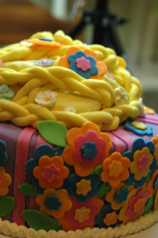 Tangled Cake 2