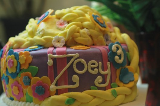 Tangled Cake 5